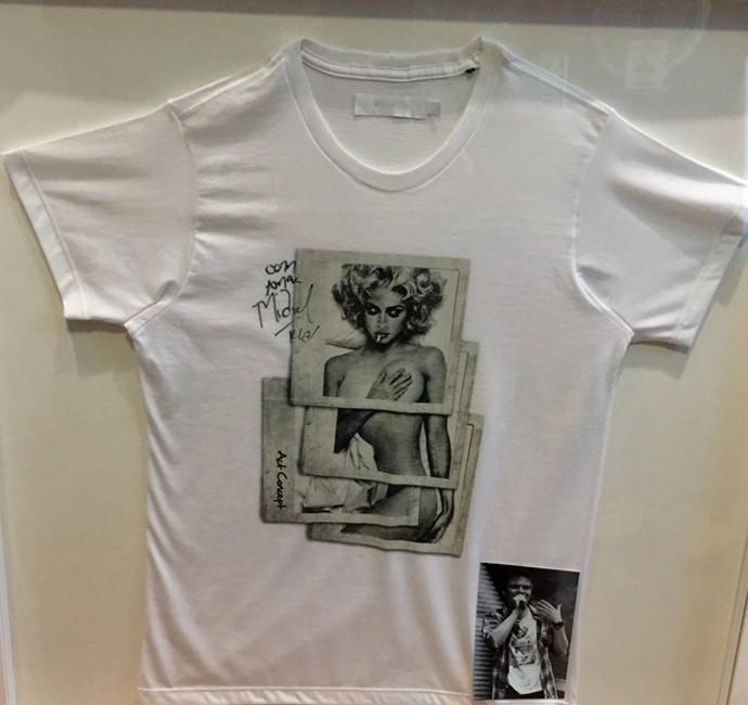 Teló emoldurou a camisa do clipe 'Ai, Se Eu Te Pego' (Foto: Arquivo Pessoal)