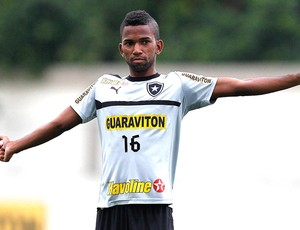Cidinho treino Botafogo (Foto: Satiro Sodré / Agif)