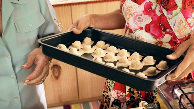 Capeletti integral de abbora e espinafre: receita da Bela Gil para o Bela Cozinha especial de Natal (Foto: Reproduo/GNT)
