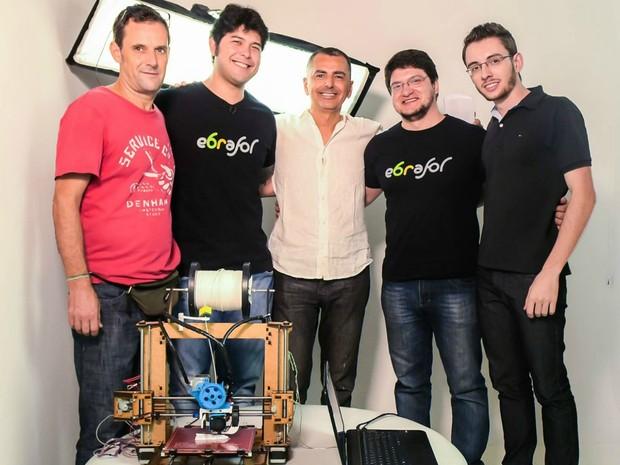 Tecnologia de produção da prótese foi desenvolvida por um grupo de seis pessoas (Foto: Cícero Moraes/ Arquivo pessoal)