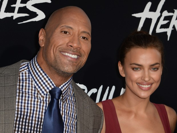 Dwayne Johnson e Irina Shayk em première em Los Angeles, nos Estados Unidos (Foto: Robyn Beck/ AFP)