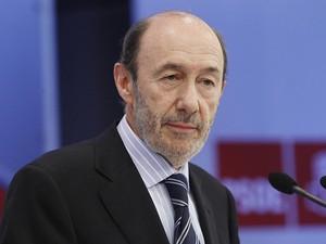 O candidato do PSOE à Presidência da Espanha, Alfredo Pérez Rubalcaba (Foto: Divulgação)