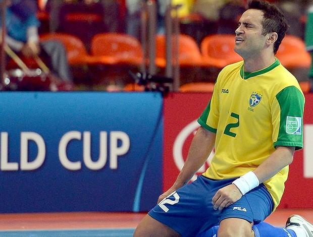 Falcão comemora gol no jogo do Brasil contra a Argentina no futsal (Foto   FIFA 28fb48eb6d2df