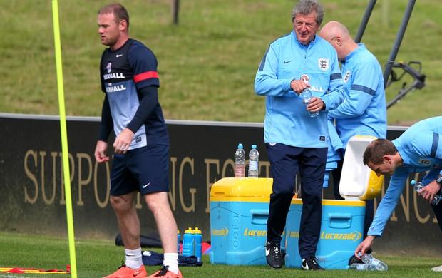 Wayne Rooney Roy Hodgson treino Inglaterra (Foto: Getty Images)