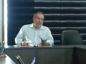 Presidente da Urbana, Fernando Bandeira afirmou que pediu 70% dos ônibus circulando (Foto: Gabriela Lisboa / TV Globo)