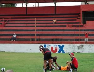 campinense, treino, leandro sobral (Foto: Iago Bruno / GloboEsporte.com/pb)
