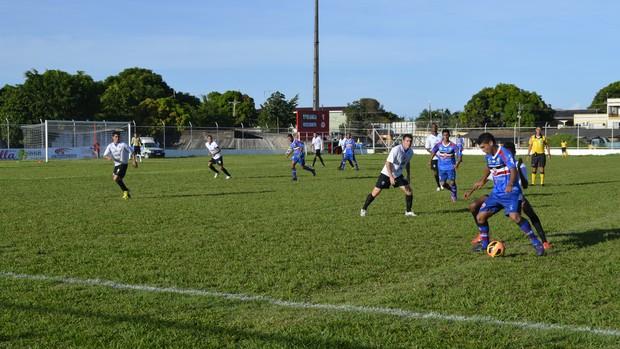 Com placar apertado, Ypiranga/AP vence Maranhão pela Série D (Foto: Jonhwene Silva/GE-AP)