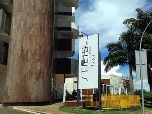 Fachada do hotel St. Peter, em Brasília (Foto: Luciana Amaral / G1)
