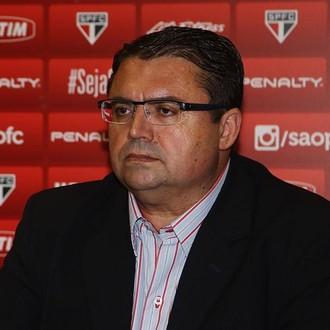 Júnior Chávare, coordenador da base do São Paulo (Foto: Rubens Chiri/saopaulofc.net)
