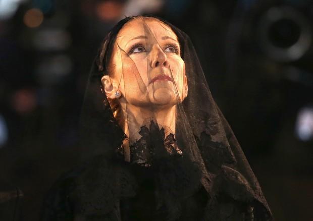 Celine Dion no velório de Rene Angelli (Foto: Getty Images)