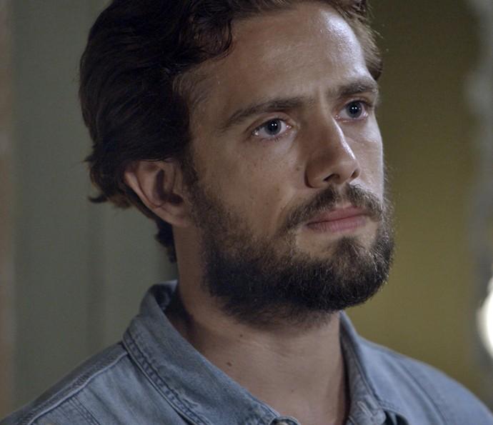Felipe fica chocado  (Foto: TV Globo)