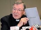 Cardeal australiano George Pell nega acusações de pedofilia