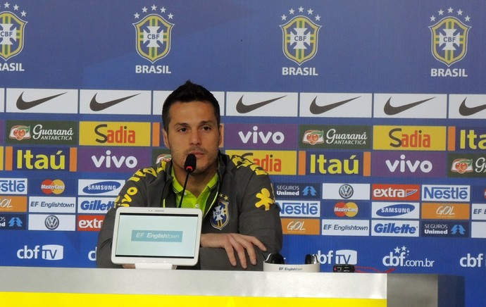 Júlio César Coletiva Seleção Brasileira (Foto: Alexandre Lozetti)