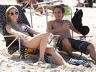 Isabelle Drummond e Ana Terra Blanco exibem corpaços em gravação na praia