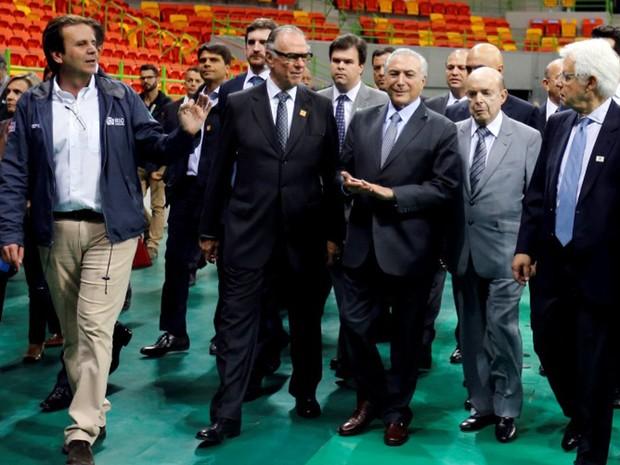 Eduardo Paes, Michel Temer e Francisco Dornelles; autoridades dizem que Jogos não serão afetados  (Foto: Reuters/Sergio Moraes)