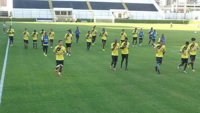 ABC treina no Frasqueirão (Foto: Divulgação/ABC)