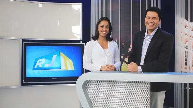 Apresentadores do RJ TV 1ª Edição (Foto: Lia Navarro / Inter TV RJ)