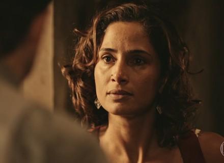 Tereza expulsa Carlos e provoca Afrânio sobre o marido: 'É seu!'
