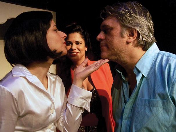 O personagem Chinaski tem problemas no relacionamento com as mulheres (Foto: Gisela Schlögel)