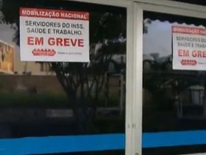 Servidores do INSS entram em greve nesta segunda-feira (13) na Paraíba (Foto: Reprodução/TV Cabo Branco)