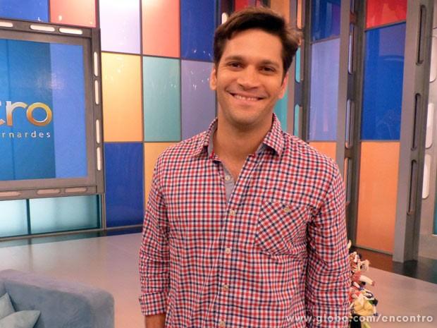 Armando_Babaioff (Foto: Encontro com Fátima Bernardes/TV Globo)