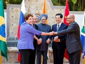 Presidente Dilma Rousseff com chefes de Estado dos Brics, grupo formado por países emergentes (Foto: Roberto Stuckert Filho / Presidência)