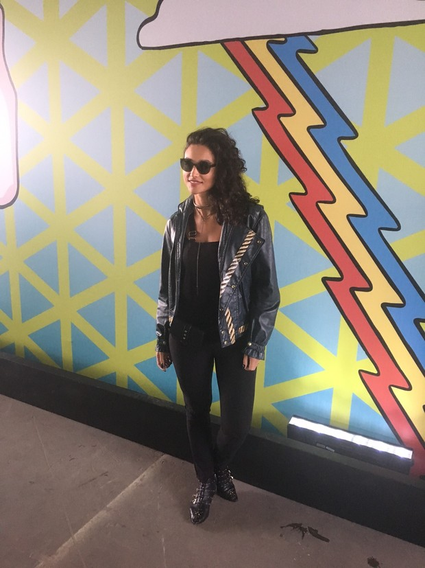 Débora Nascimento  no Lollapalooza 2017  (Foto: EGO)
