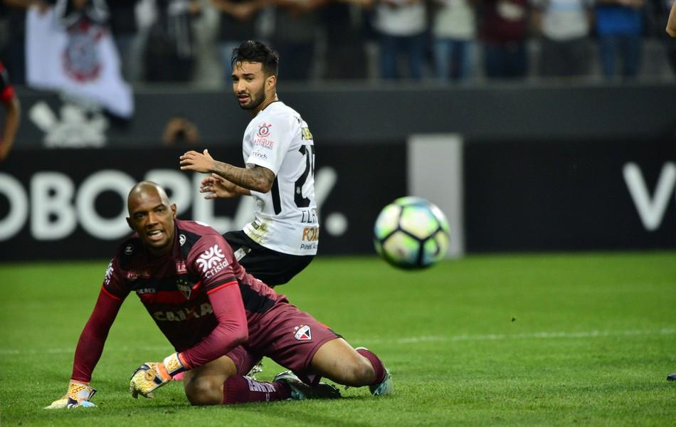 BLOG: Jogo Rápido da 22ª rodada: Corinthians perde e diferença cai para 7 pontos