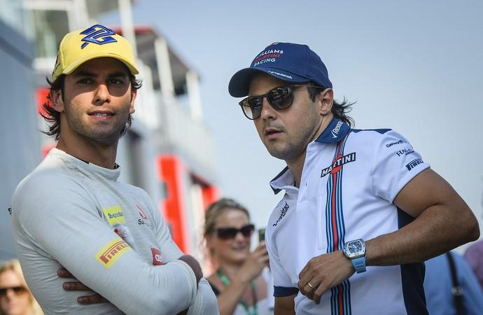 Felipe Nasr e Felipe Massa no paddock do GP da Hungria 2015 (Foto: EFE)