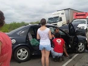Acidente ocorreu no km 68 da BR-116 (Foto: Caros José/ Voz da Bahia)