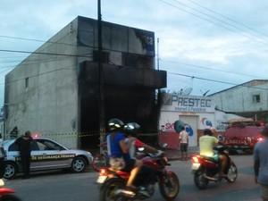 Loja foi destruída pelo fogo na cidade de Penedo (Foto: Arquivo Pessoal)