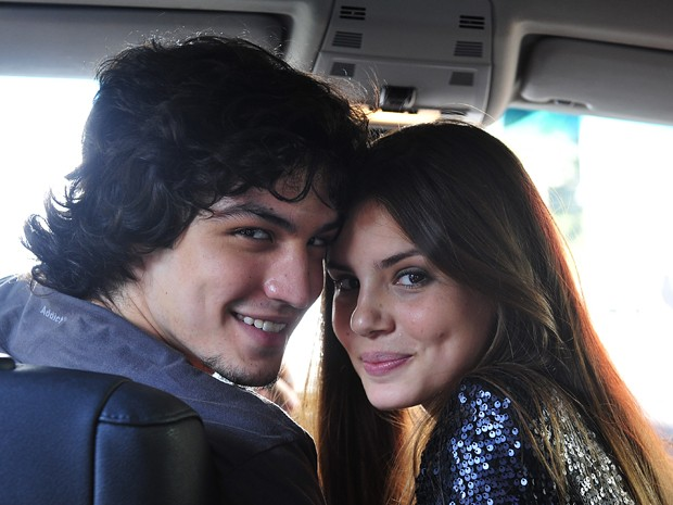 Gabriel Leone torce pelo romance entre Angel e Guilherme (Foto: Globo/Reinaldo Marques)