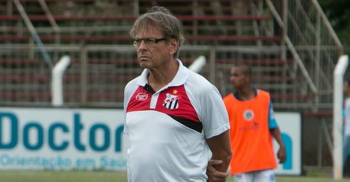 Waldemar Lemos - técnico do Anápolis (Foto: Anápolis Futebol Clube)