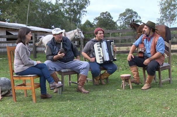 Teledomingo conversou com tradicionalistas sobre vídeo polêmico (Foto: Reprodução/RBS TV)