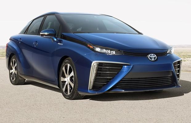 Toyota Fuel Cell Sedan (Foto: Divulgação)