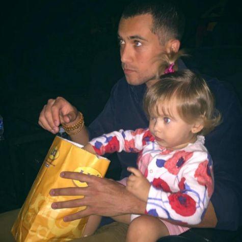 Ricardo Vianna com a filha (Foto: Reprodução)