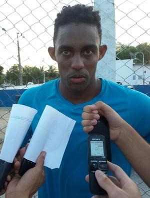 Alex Henrique, atacante do CSA (Foto: Augusto Oliveira/GloboEsporte.com)