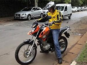 Traje leve para motociclista