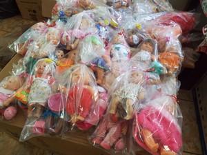 Doação de brinquedos em Uberlândia (Foto: Vanessa Duarte/G1)