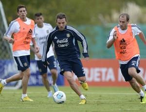 Montillo treino Argentina (Foto: AFP)