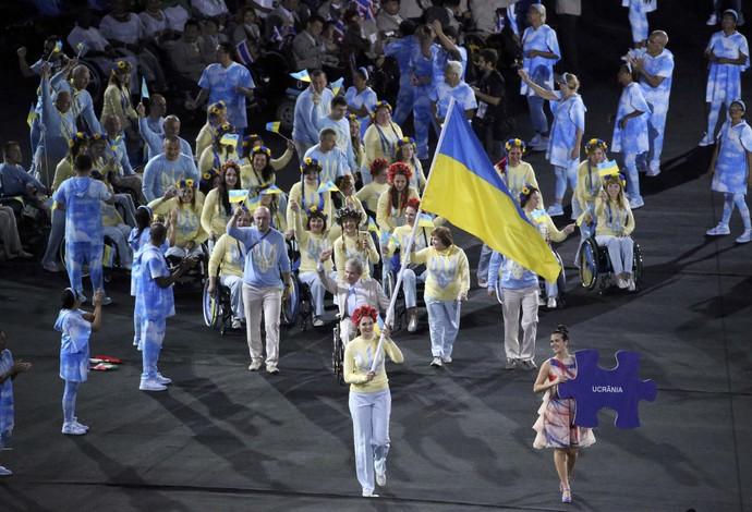 Delegação da Ucrânia na cerimônia de abertura da Paralimpíada do Rio (Foto: Reuters)