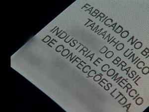 etiqueta boné de Apucarana (Foto: Reprodução RPC  Londrina)
