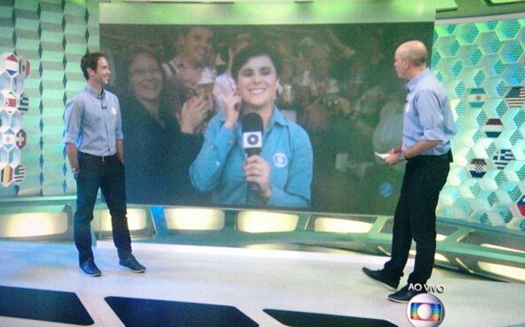 Repórter participou ao vivo do 'Central da Copa (Foto: Divulgação)