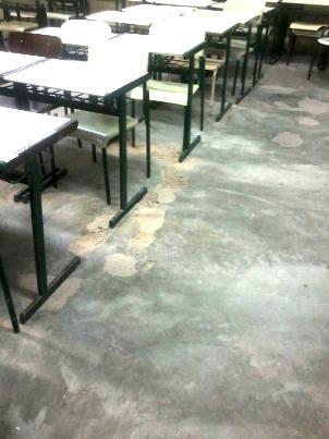 Alunos também reclamam de piso da escola (Foto: G1)