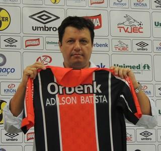 Adilson Batista novo técnico do Joinville (Foto: João Lucas Cardoso)