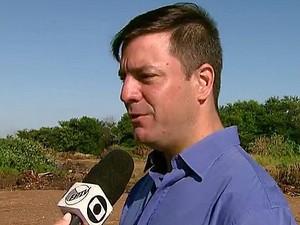 Secretário de Serviços Públicos diz que há um projeto para melhorias (Foto: Paulo Chiari/EPTV)