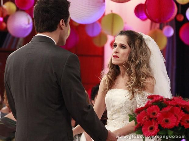 """Tina diz """"não"""" a Lucindo (Foto: Ellen Soares/TV Globo)"""