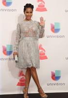 Aos 44 anos, Jada Pinkett Smith ousa com transparência no Grammy Latino