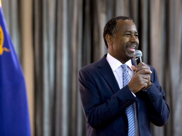 Ben Carson fala durante evento de campanha em Las Vegas, Nevada, na terça (23) (Foto: Reuters/Las Vegas Sun/Steve Marcus)