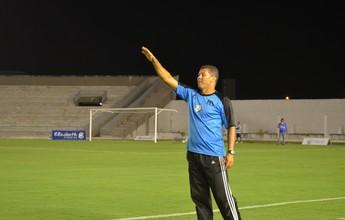"""Após quarto acesso, Ramiro despreza título da 2ª divisão: """"Eu quero é subir"""""""
